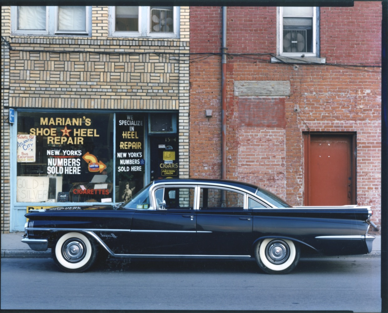 1959 Oldsmobile Super 88, Mariani's Shoe & Heel Repair, Endicott, NY, 1987
